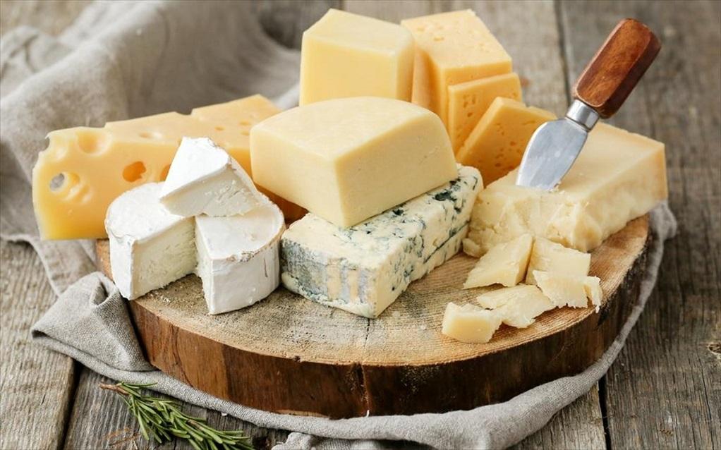 Τι συμβαίνει στην καρδιά αν τρώτε τυρί κάθε μέρα