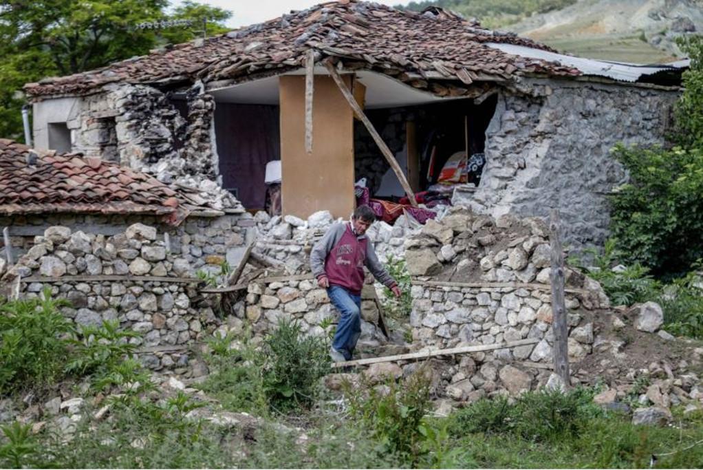 Αλβανία: Στους 105 οι τραυματίες από τους σεισμούς