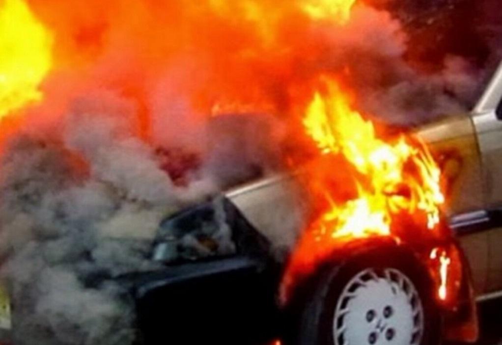 Στις φλόγες ΙΧ στη Θεσσαλονίκη (ΦΩΤΟ)