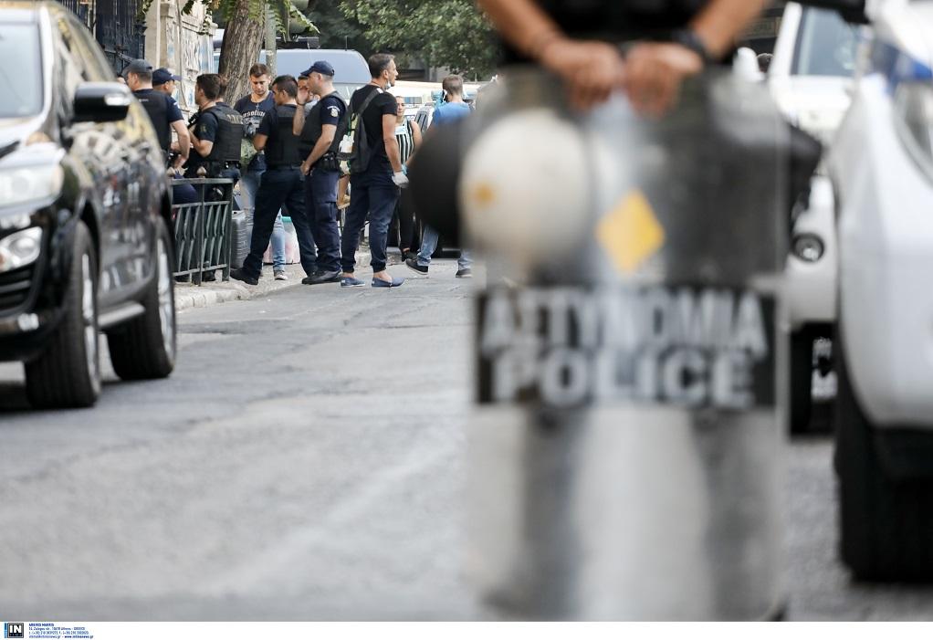 Ολοκληρώθηκε η επιχείρηση σε δύο υπό κατάληψη κτίρια στην Αχαρνών-  Βρέθηκαν 269 αλλοδαποί