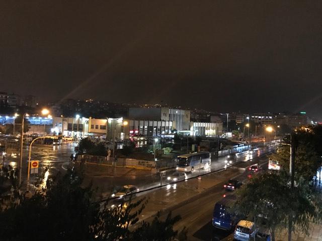 Αστραπές και βροντές στη Θεσσαλονίκη (VIDEO)