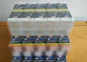 Πουλούσε λαθραία τσιγάρα σε πανηγύρι (ΦΩΤΟ)