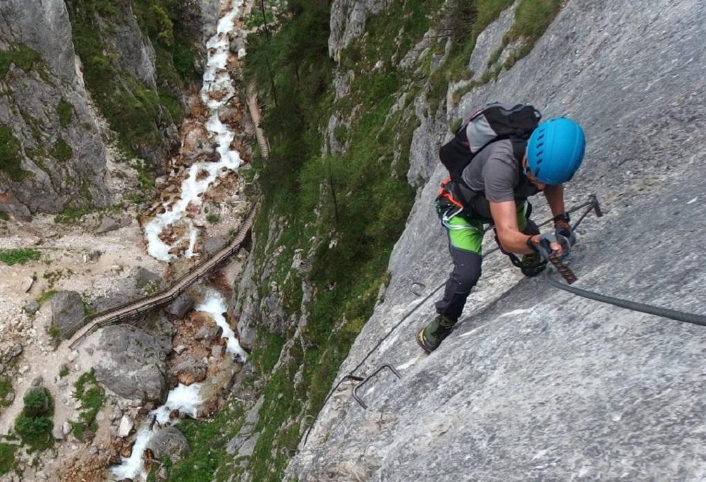 Όλυμπος: Σε εξέλιξη επιχείρηση διάσωσης ορειβάτη