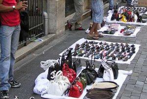 Παρεμπόριο: Πρόστιμα σχεδόν 32.000 ευρώ