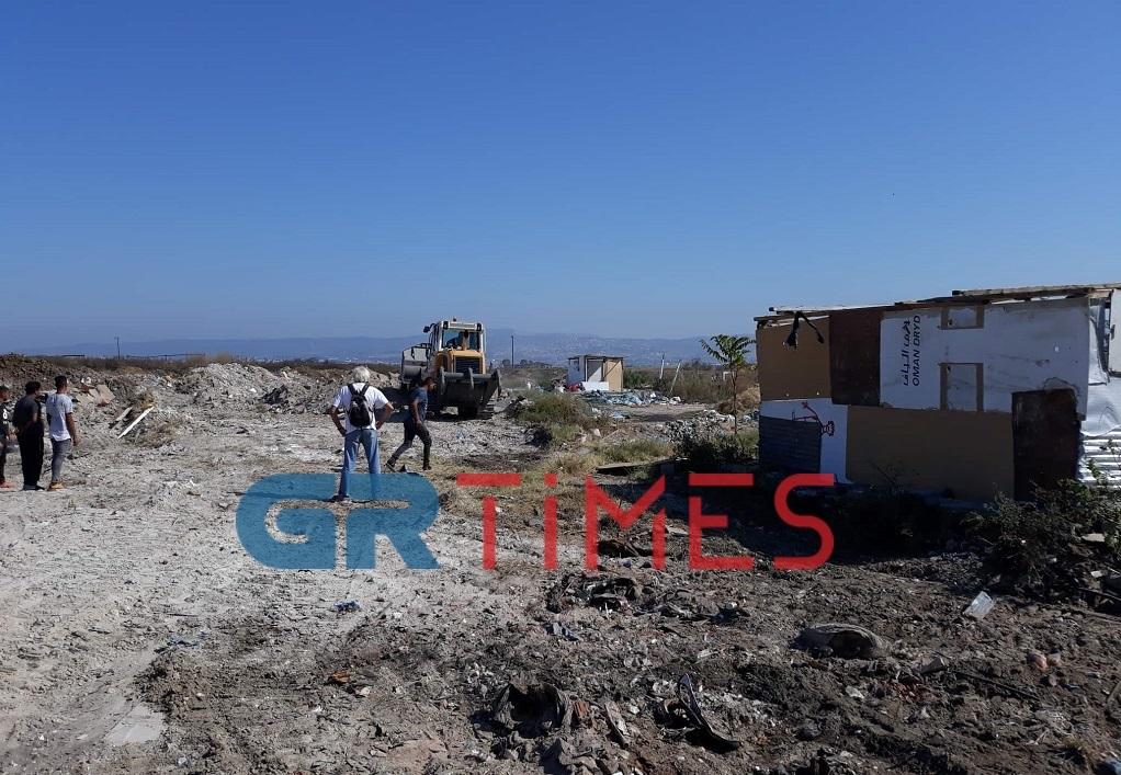Μηνύσεις για τον άτυπο καταυλισμό των Ρομά στην Κ.Περαία – Αστυνομική επιχείρηση στην περιοχή