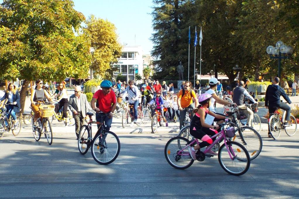 Tρίκαλα: Εγκαινιάσθηκε ο νέος ποδηλατόδρομος