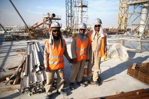 Έλληνες ερευνητές μελέτησαν στο Κατάρ τη θερμική καταπόνηση που δέχονται οι εργαζόμενοι