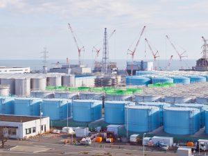 Θέλουν να πετάξουν στη θάλασσα, το ραδιενεργό νερό από τη Φουκοσίμα