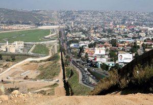 ΗΠΑ: 3,6 δισ. δολάρια για το τείχος στα σύνορα με το Μεξικό