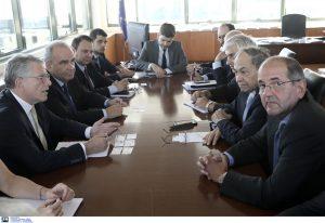 Σύσκεψη για τις εξελίξεις στην αγορά καυσίμων: Δεν υπάρχει λόγος ανησυχίας, οι έλεγχοι συνεχίζονται