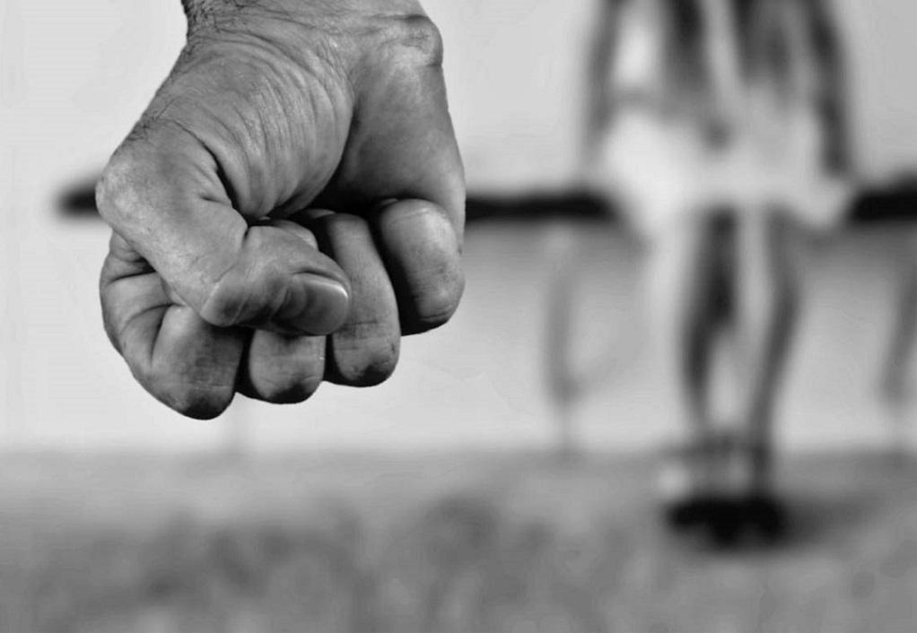 Λ.Μπάρναρντ: Περισσότεροι πόροι για την ενδοοικογενειακή βία παρά για την τρομοκρατία