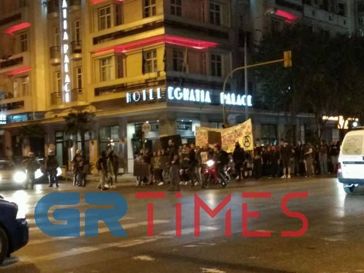Θεσσαλονίκη: Πορεία κατά των εκκενώσεων κτιρίων
