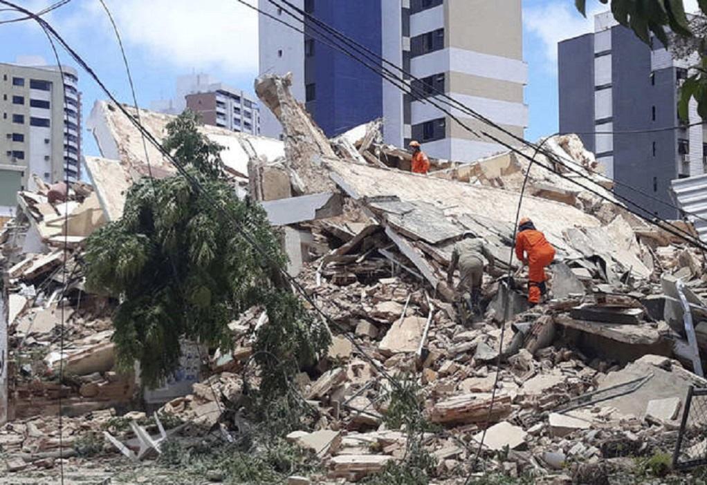 Βραζιλία: 5 νεκροί από κατάρρευση πολυκατοικίας