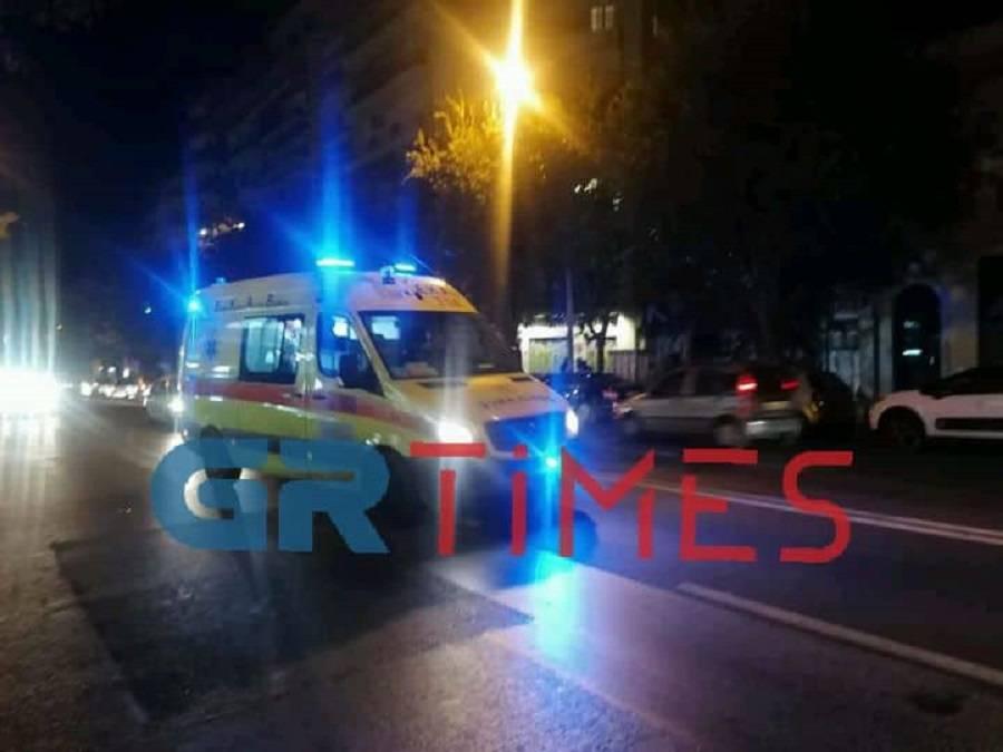 Οδός Θεσσαλονίκης-Ν. Μουδανιών: Τροχαίο με εγκλωβισμό ενός ατόμου