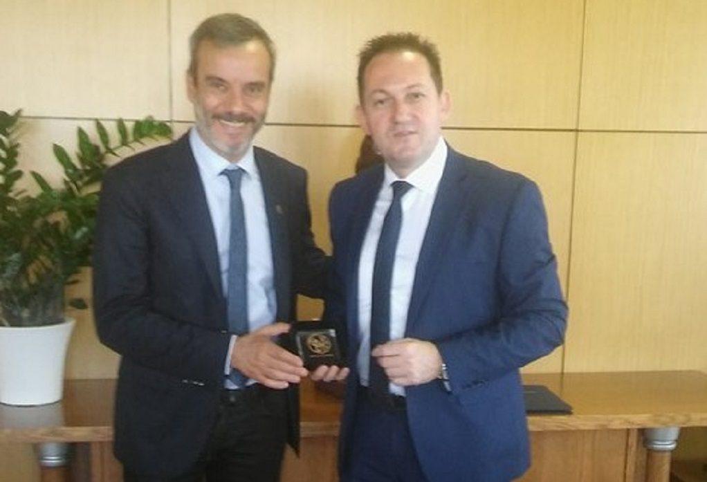 Συνάντηση Κ. Ζέρβα με τον κυβερνητικό εκπρόσωπο Στέλιο Πέτσα