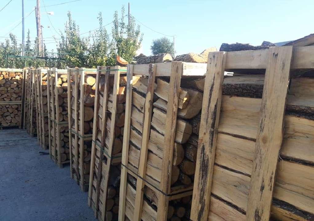 Κορινθία: Έκλεψαν καυσόξυλα από εξοχικό