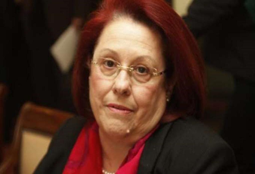 Αρνείται η Παπασπύρου ότι συμμετείχε σε σύσκεψη για την απομάκρυνση της Τουλουπάκη