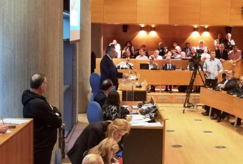 Πρώτη εμφάνιση Ταχιάου στο Δημοτικό Συμβούλιο