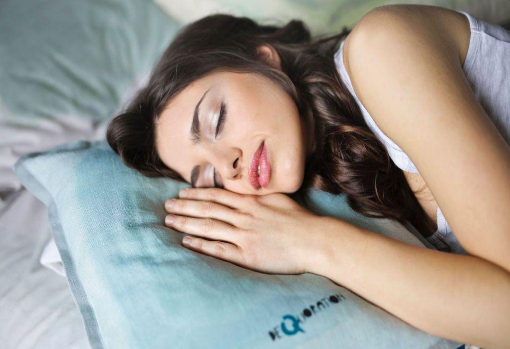 Γιατί δε μπορείς να κοιμηθείς μετά από έναν χωρισμό;