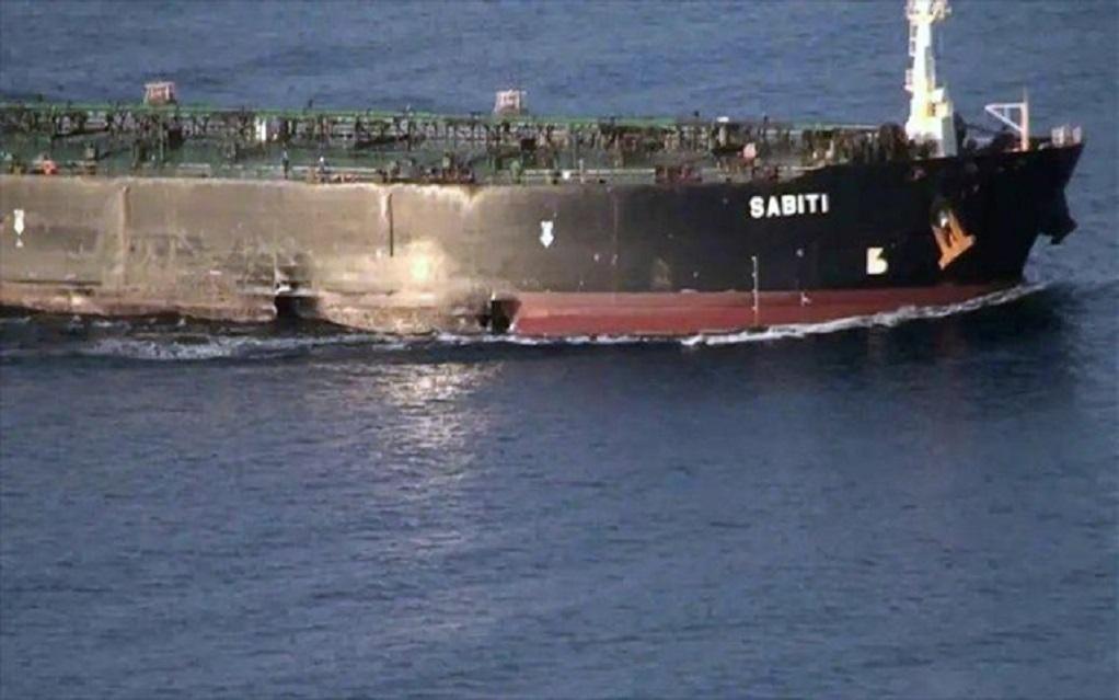Ιράν: Δημοσίευσε φωτογραφίες από το τάνκερ που δέχτηκε επίθεση στην Ερυθρά Θάλασσα