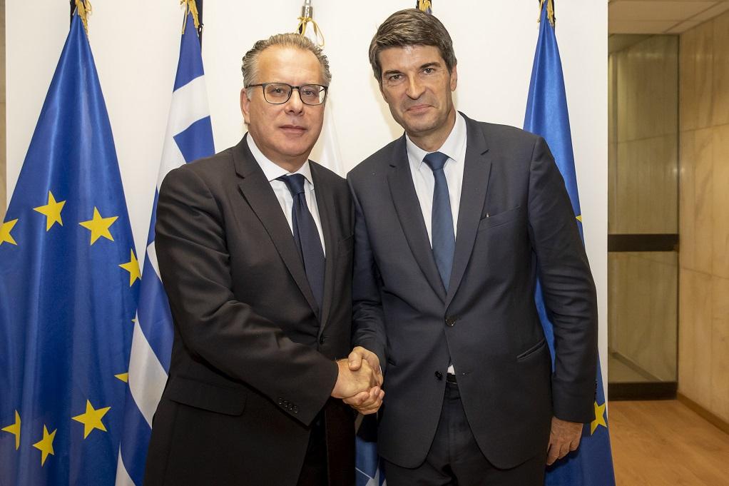 Συνάντηση Γ. Κουμουτσάκου με τον πρέσβη της Γαλλίας