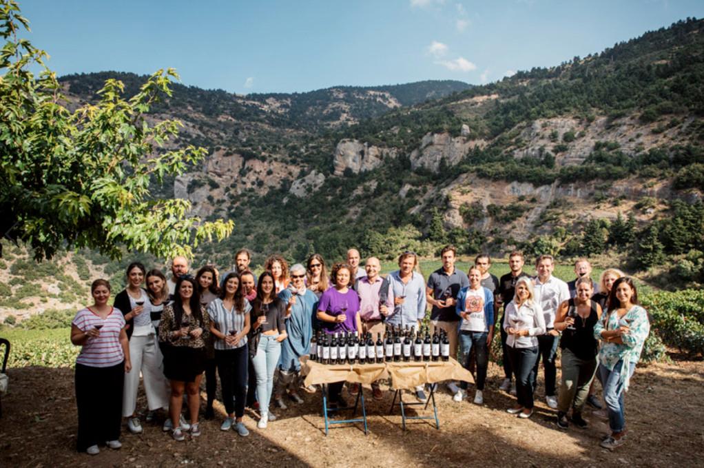 Lidl: Συνεργασία με Cavino και Ελληνικά Κελλάρια Οίνων