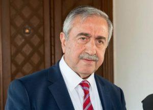 Kύπρος: «Κρίση ανακοινωθέντος» στη «βουλή» στα κατεχόμενα με αφορμή τις δηλώσεις Ακιντζί