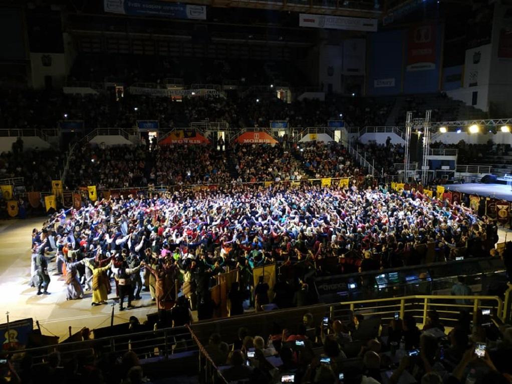 Χιλιάδες οι χορευτές στο 15ο Πανελλήνιο Φεστιβάλ Ποντιακών Χορών (ΦΩΤΟ-VIDEO)