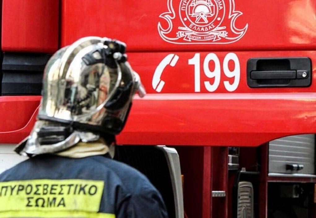 «Συναγερμός» στην ΠΑΘΕ- Στις φλόγες βυτιοφόρο με υγραέριο
