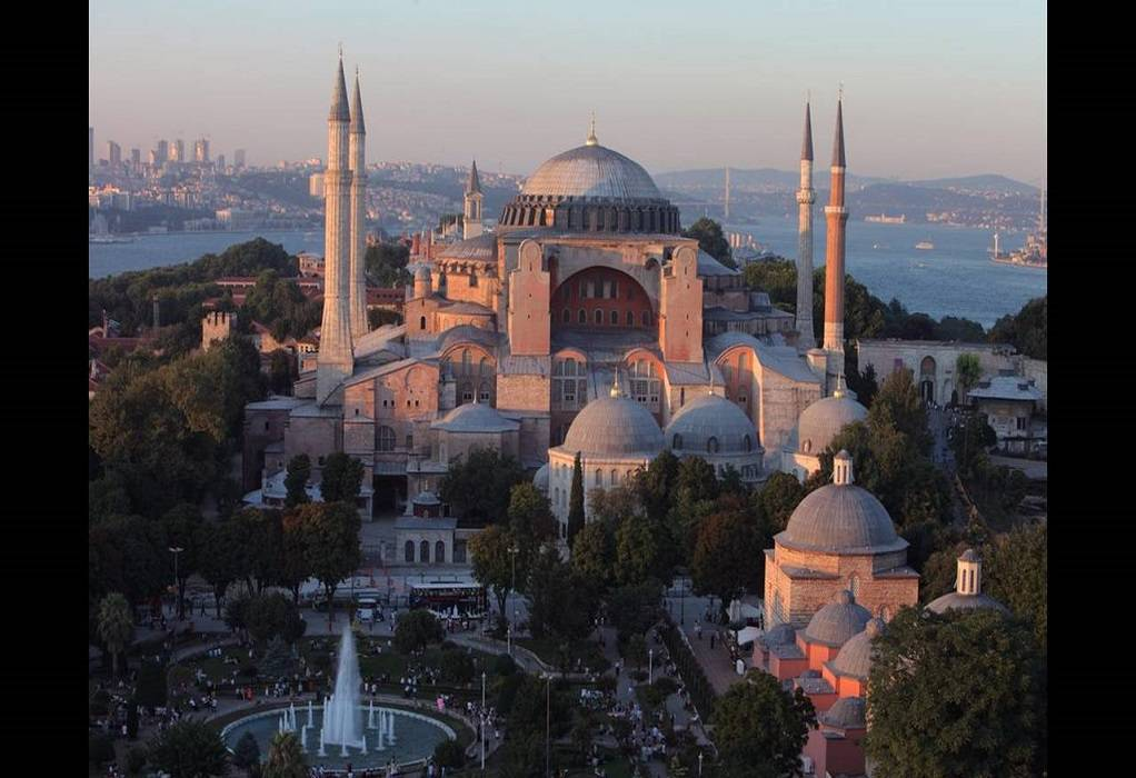 Σήμερα αποφασίζει η Τουρκία για την Αγία Σοφία