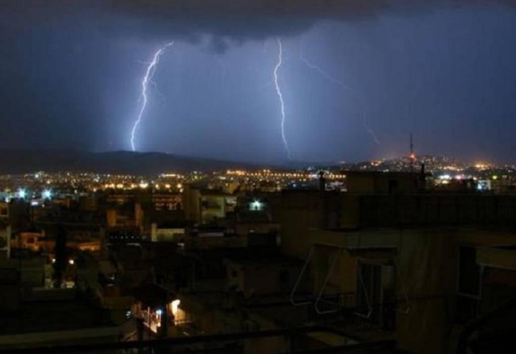 10.000 κεραυνοί πάνω από την Ελλάδα