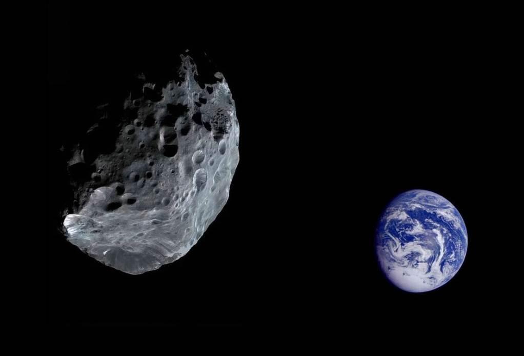 NASA: Τεράστιος αστεροειδής θα πετάξει σήμερα πέρα από τη Γη
