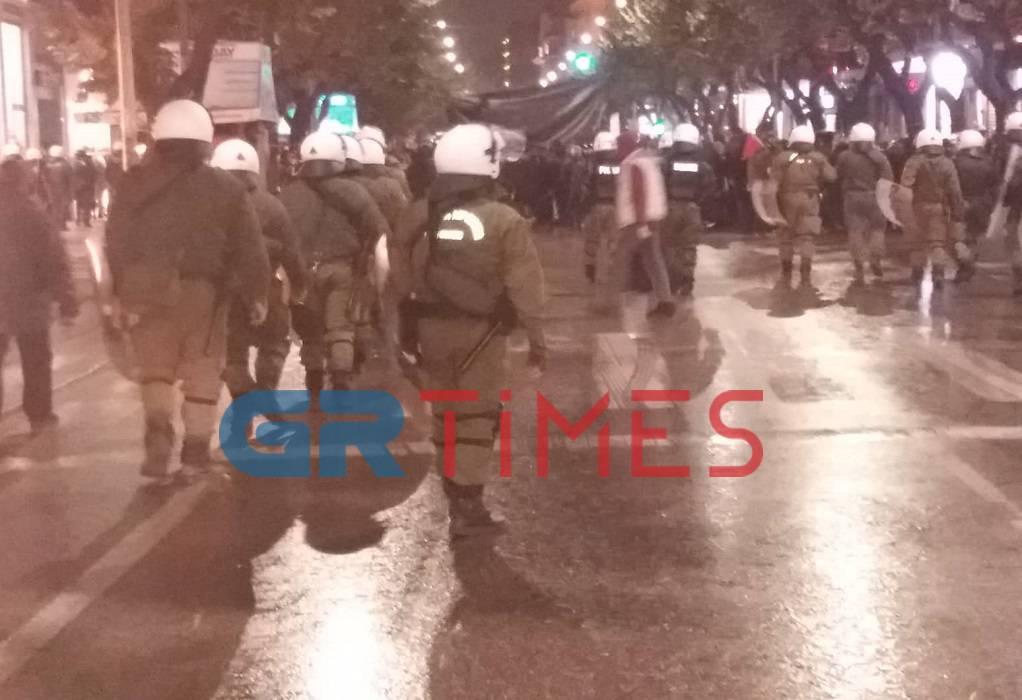 αστυνομια-πορεια-πολυτεχνειο-θεσσαλονικη-τσιμισκη (1)
