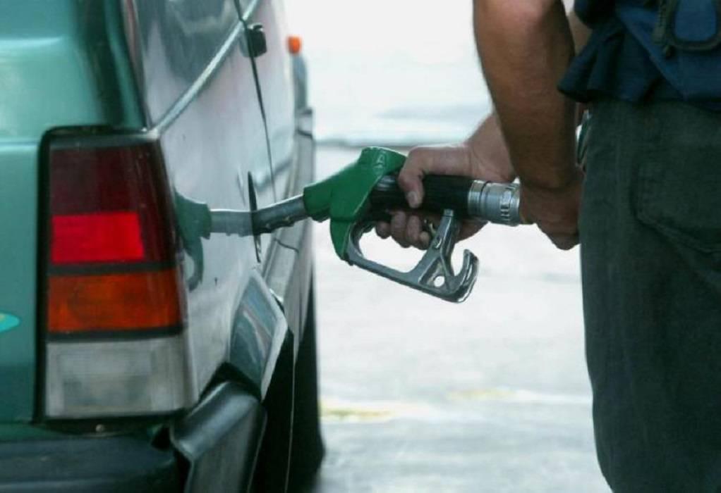Ιράν: Βίαιες διαδηλώσεις για την αύξηση της βενζίνης – Οι αρχές προειδοποιούν