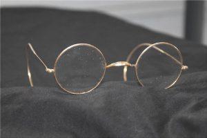 Πόσο προστατεύουν τα γυαλιά από τον κορωνοϊό