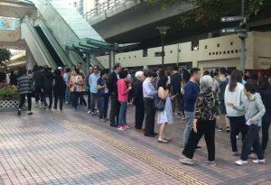 Χονγκ Κονγκ: Πάνω από 70% η συμμετοχή στις τοπικές εκλογές