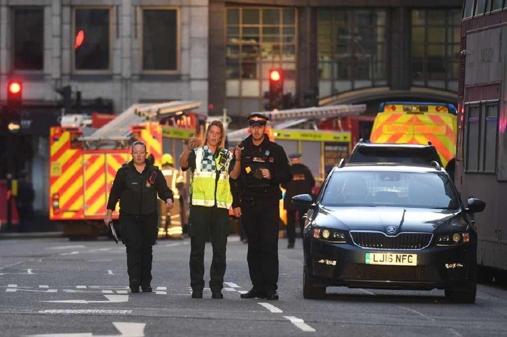 Συναγερμός στο Λονδίνο: Έρευνα για ύποπτο όχημα στην περιοχή Elephant and Castle