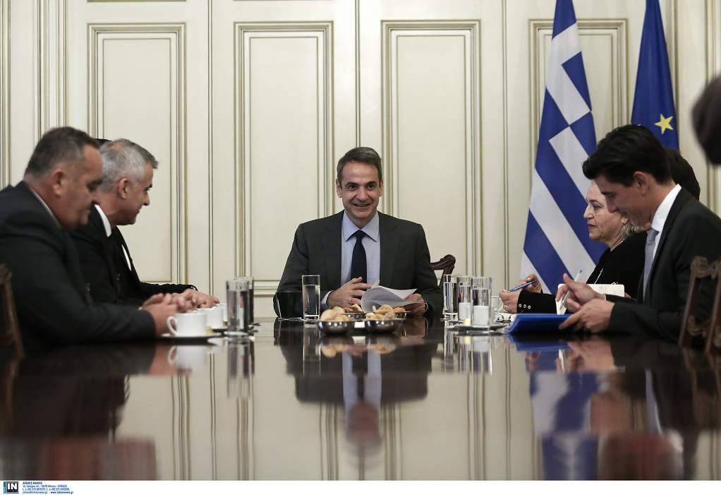 Τι συζητήθηκε στη συνάντηση Μητσοτάκη με αντιπροσωπεία της ελληνικής μειονότητας στην Αλβανία