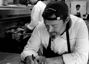 Έφυγε από τη ζωή ο σεφ Νίκος Κατσάνης
