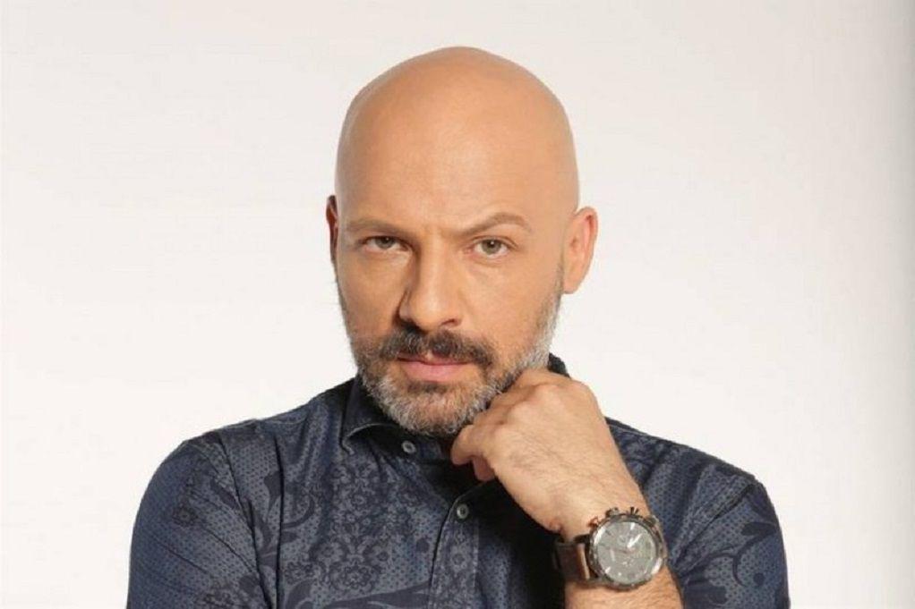 Νίκος Μουτσινάς: Γιόρτασε τα γενέθλιά του και αποκάλυψε την ηλικία του