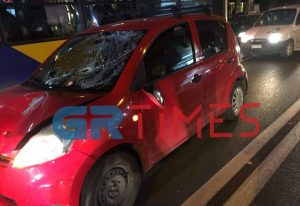 Πριν λίγο: Παρασύρθηκε από αυτοκίνητο και χτύπησε με το κεφάλι στον δρόμο (ΦΩΤΟ-VIDEO)