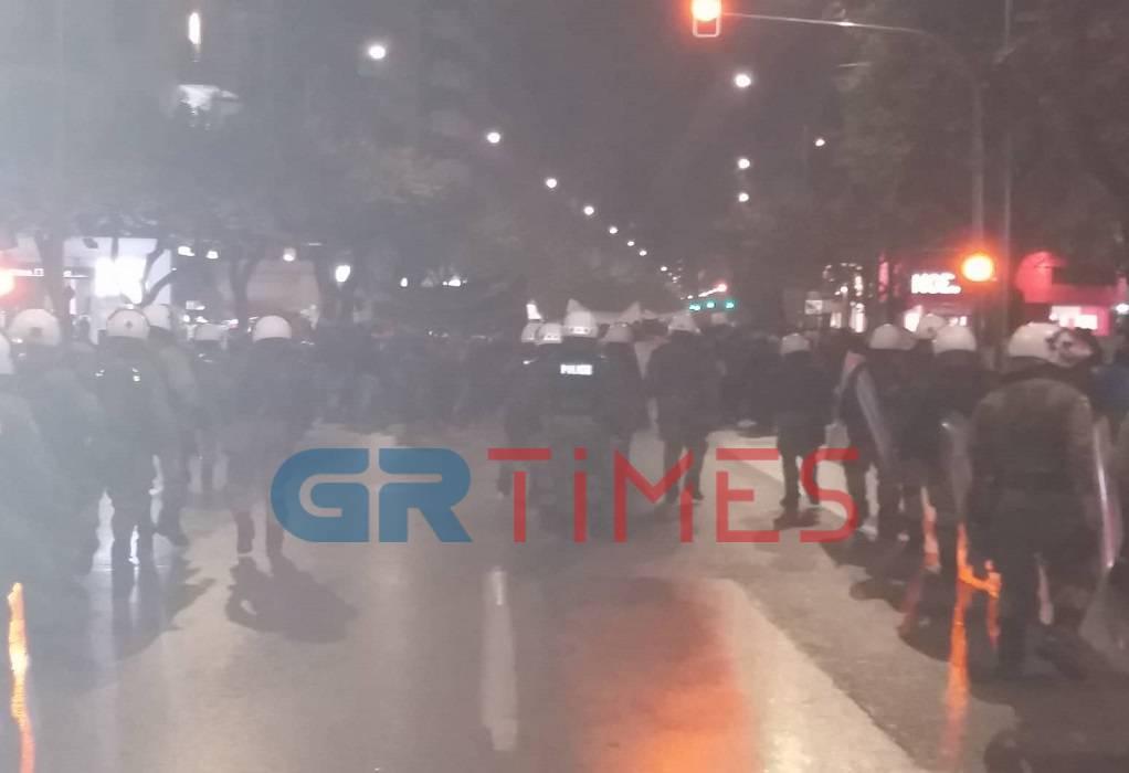 πολυτεχνειο-17νοεμβρη-αστυνομικοι-πορεια-θεσσαλονικη