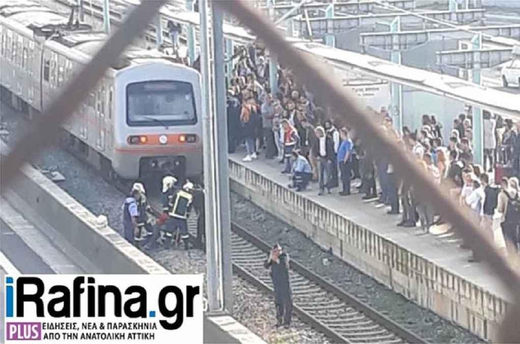 Παλλήνη: Άνδρας έπεσε στις γραμμές του Προαστιακού (ΦΩΤΟ)