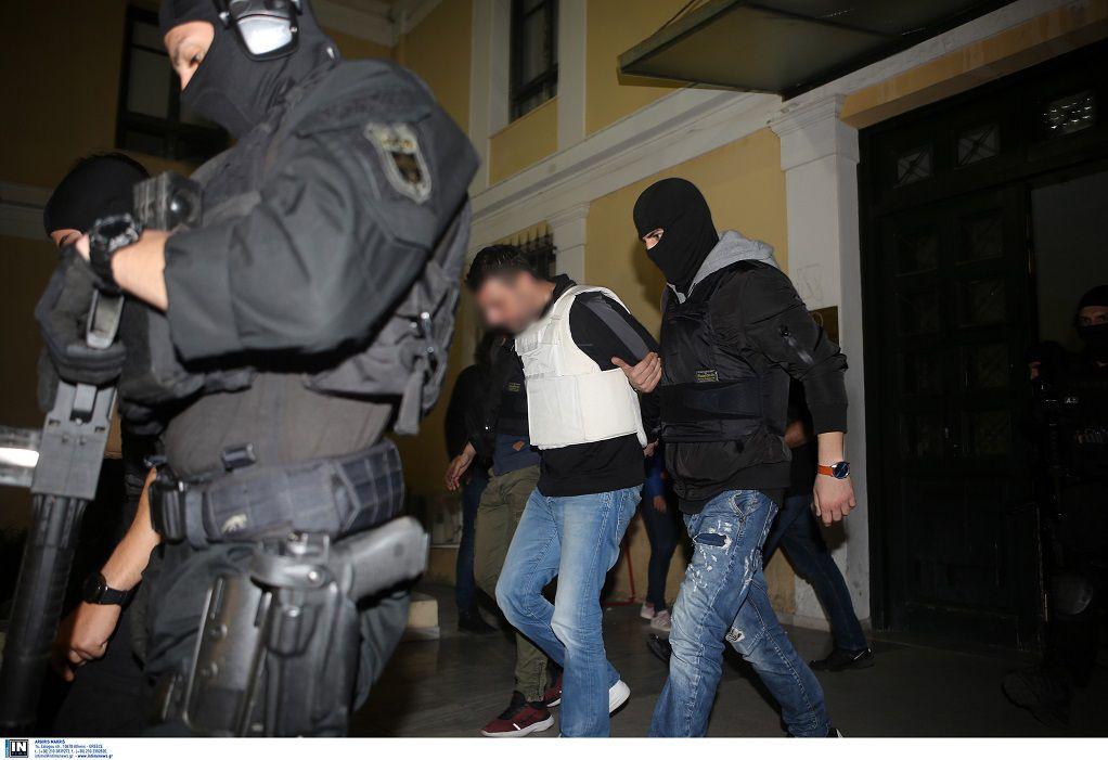 Προφυλακιστέοι οι δύο κατηγορούμενοι της «Επαναστατικής Αυτοάμυνας»