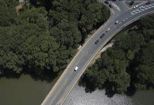 Τέμπη: Θα καθυστερήσει η παράδοση της γέφυρας του Πηνειού
