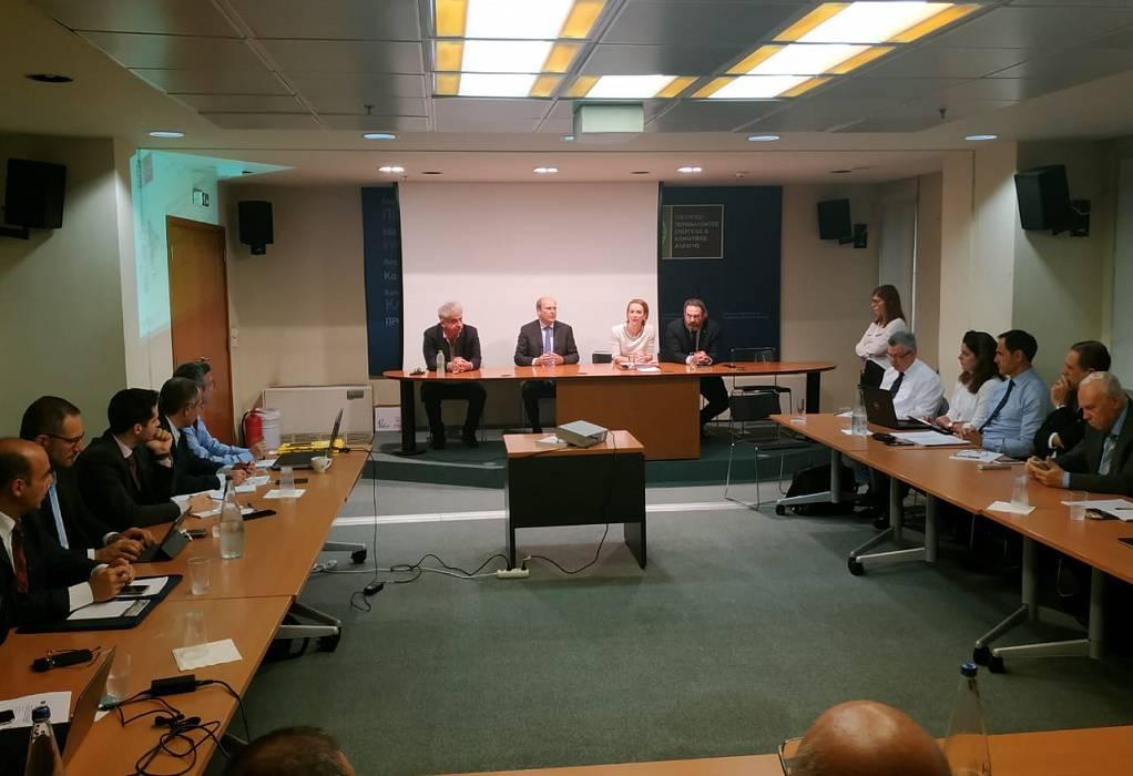 Χατζηδάκης: Με την ηλεκτροκίνηση περνάμε  σε μια νέα εποχή