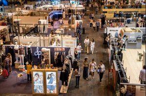 ΣΕΠEE: Το ελληνικό ένδυμα πάει MOMAD
