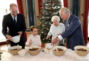 Ο μικρός πρίγκιπας Τζορτζ σε ρόλο βασιλικού σεφ!
