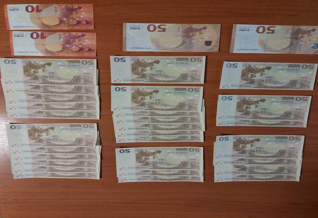 Καλαμαριά: Συλλήψεις για πλαστά χαρτονομίσματα