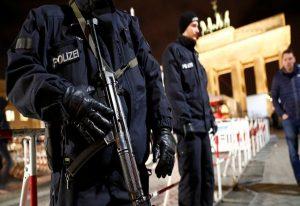 Γερμανία: Η αστυνομία εξουδετέρωσε αυτοσχέδια βόμβα σε τρένο